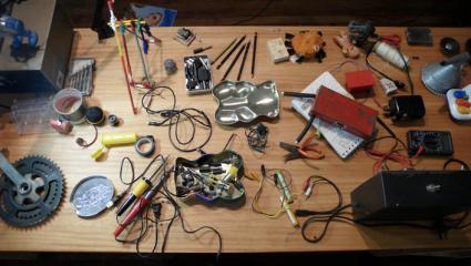 Mesa de fabricación juguetes